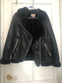 Moto jacket with faux fur. Suede looking outer. Size S