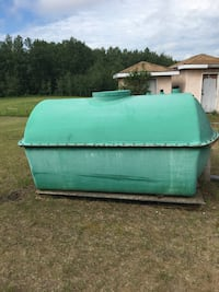 1000 gal fibreglass Clean Water Tank on skids reduced price , T7Y