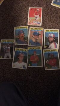 Six assorted baseball trading cards Norman, 73072