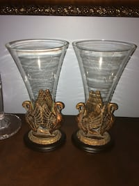 two clear glass candle holders Beaconsfield, H9W