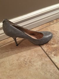 Used Grey Snake Skin Michael Kors heels- Size 7 (accessories not included..only shoes) Mississauga, L5B