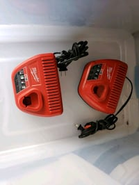 Milwaukee 12v charger like new conditions  Fort Belvoir, 22060