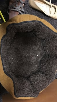 black and gray fur textile Portland, 97239