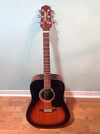 Jasmine by Takamine guitar with Fishman piezo pickup like new condition with case $150.00 or best offer St Catharines, L2P 3W4