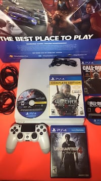 PS4 WHITE  Bakersfield, 93309