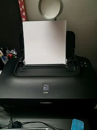 Canon pixma ip2702 with ink Springfield, 22151