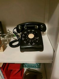 Black Rotary Dial Phone  552 km