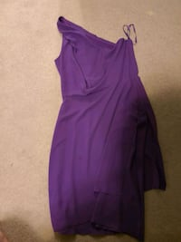 BCBG Dress SIZE 4 Edmonton, T6R 0A3