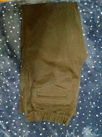 Womens maternity jeans size med New Albany, 47150