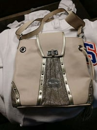 Miss me very nive clean purse. Medium sized with g Glenwood, 51534