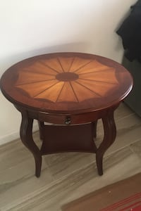 Modern Side Table, real wood New York, 11428