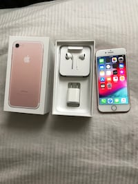 iPhone 7 32gb unlocked rose gold Winnipeg, R2H 1P2