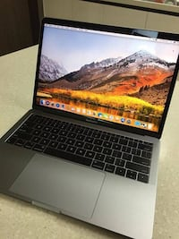 2017 MacBook Pro 2.3GHz Dual-Core Processor 256GB Storage Asan-si