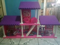 pink and purple doll house Los Angeles, 90011