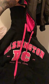 Women's hoodie size small  Lakewood Township, 08701