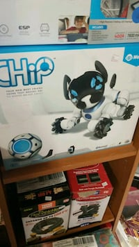 New chip robotic dog by WowWee