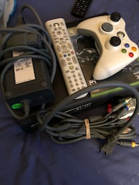 Xbox360 with 2remotes  New York, 10467