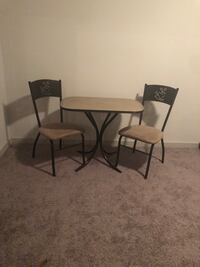 Kitchen Table for Two  Charlotte, 28217