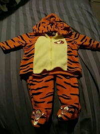 Tigger outfit Cambridge, N3H 0A7