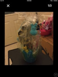 blue and pink gift set Valrico, 33594