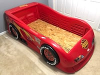 McQueen Race Car Bed - Twin Size Clifton, 20124