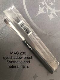 MAC Eyeshadow Brush Richmond Hill, L4E 4S4