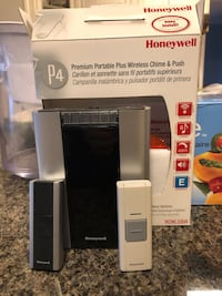 Honeywell wireless chime and 2 doorbell Burnaby, V3N 4X8