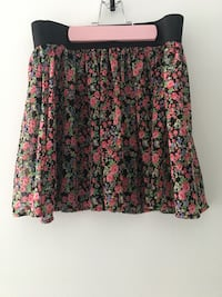 Black, red, and white floral skirt from forever 21 Mississauga, L4Z