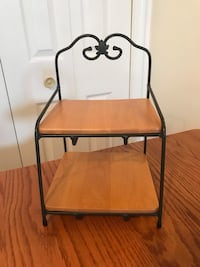 Longaberger Small Wrought Iron Bin Shelf With 2 Wood Shelves Hagerstown, 21740