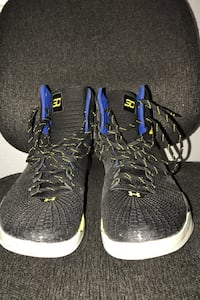 Stephen Curry Shoes  Fits size 12.5/13 Harlingen, 78550
