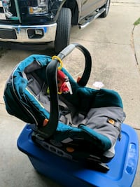 Chicco kids car seat Decatur, 62526