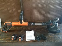 Black and decker string trimmer like new  Eagle, 83616