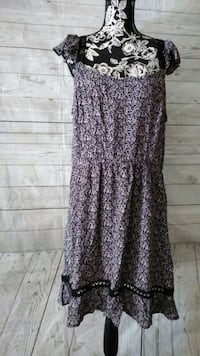 Beautiful Charming Charlie Dress , size XL ..  Frederick