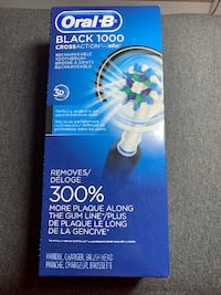 Oral B Black 1000 CrossAction Electric Toothbrush 50% off