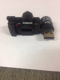 black Canon USB flash drive 16 gb Simcoe, N3Y 3V5