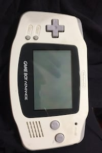 Gameboy advance white