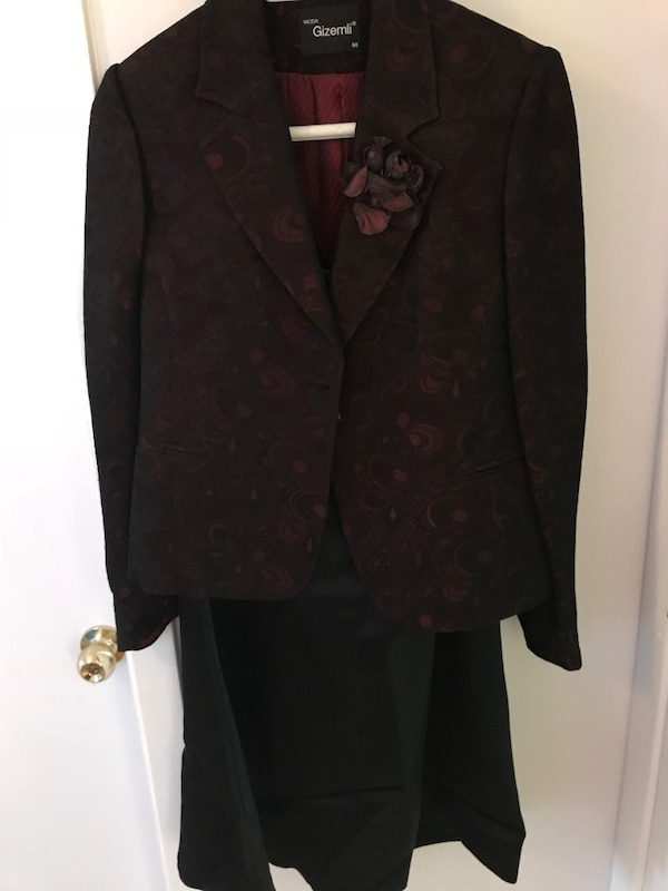 Women's dark-brown floral notched lapel suit jacket with skirt set