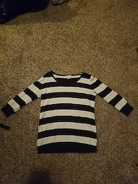 black and white striped crew-neck sweater Apple Valley, 92307