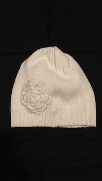 white knit cap and knit cap Reno, 89503