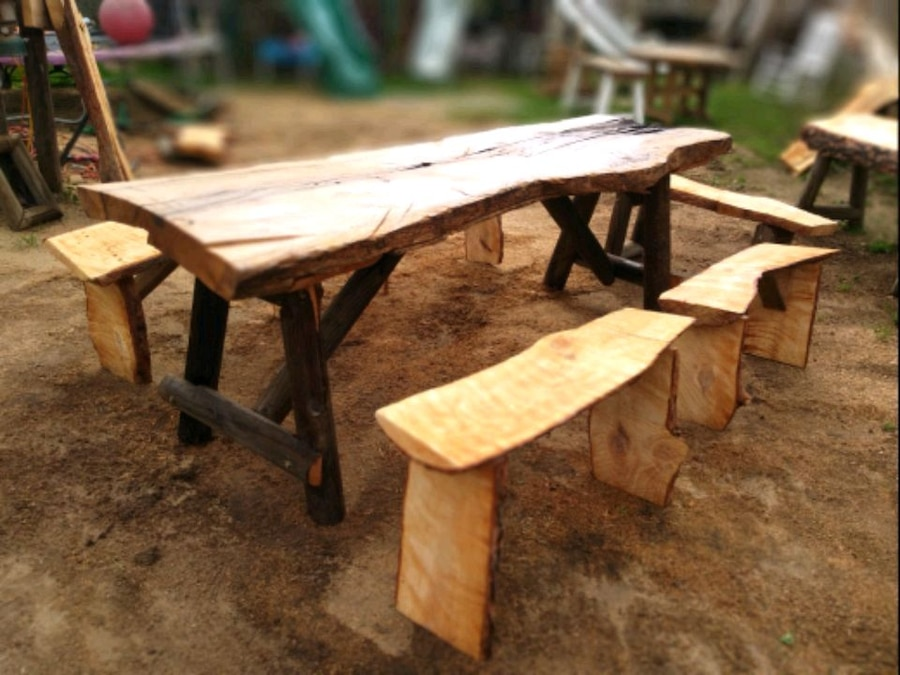 Photo Huge solid oak table over 8 foot long this ain't your Mama's table