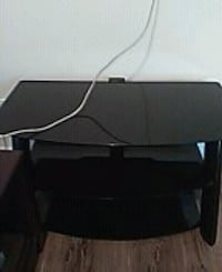 Tempered Glass TV table, perfect condition Franklin Beach, L0E 1L0