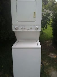 white stackable washer and dryer Millington, 38053