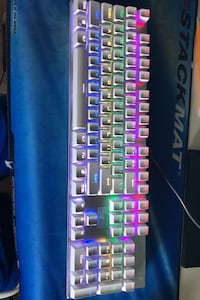HUO JI Z-88 White Gaming Keyboard (blue switches) Winnipeg, R3T 5Z9