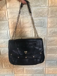 Black MCM Authentic cross-bag IN GOOD CONDITION. 엠씨엠 크로스백 상태좋으ㅁ Gimpo-si, 10098