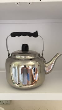 Homesense stainless steel tea kettle for stove top only  Fredericton, E3B