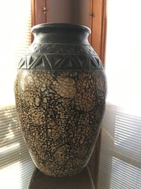 Vase / Pottery - Very Heavy High Quality Mequon, 53092
