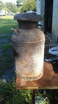 Very old milk can very heavy  Mount Jackson, 22842