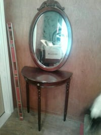 Side table with matching mirror Mansfield, L0N 1M0