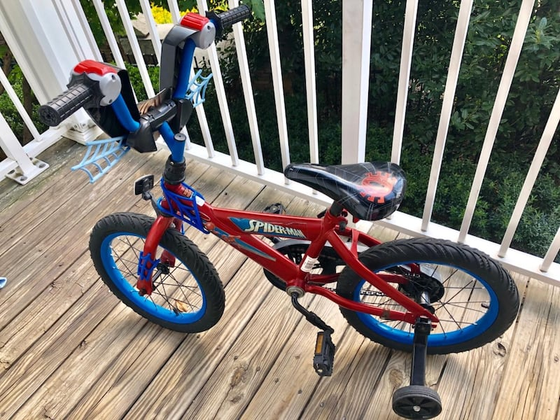 Toddler Bicycle  6f759586-f3eb-49d1-8a81-b1ed84b98810
