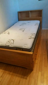Single bed frame Spruce Grove, T7X 2G7